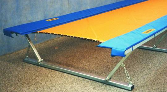 Picture of a Eurotramp Trampolinetrack Stationary.