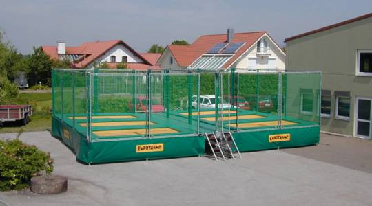 Trampoline set mobile - 1